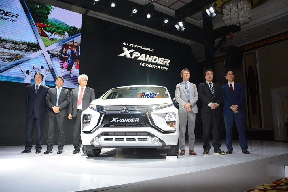 Đại diện Mitsubishi Nhật Bản và Việt Nam tại lễ ra mắt mẫu MPV cỡ nhỏ Xpander 2018 tại Việt Nam vào ngày 8/8/2018 vừa qua