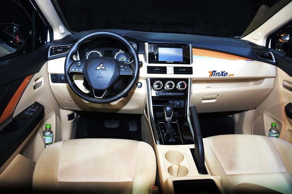 Nội thất Mitsubishi Xpander 2018 bản số tự động