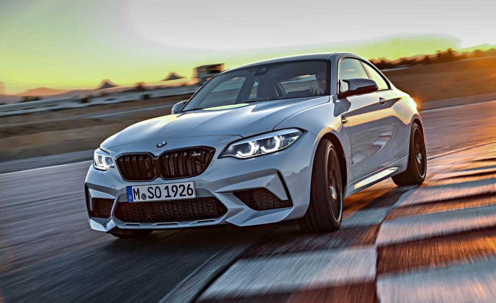 Nhãn hiệu xe sang BMW đứng ở khoảng giữa với doanh thu 111 tỷ USD trong năm 2017
