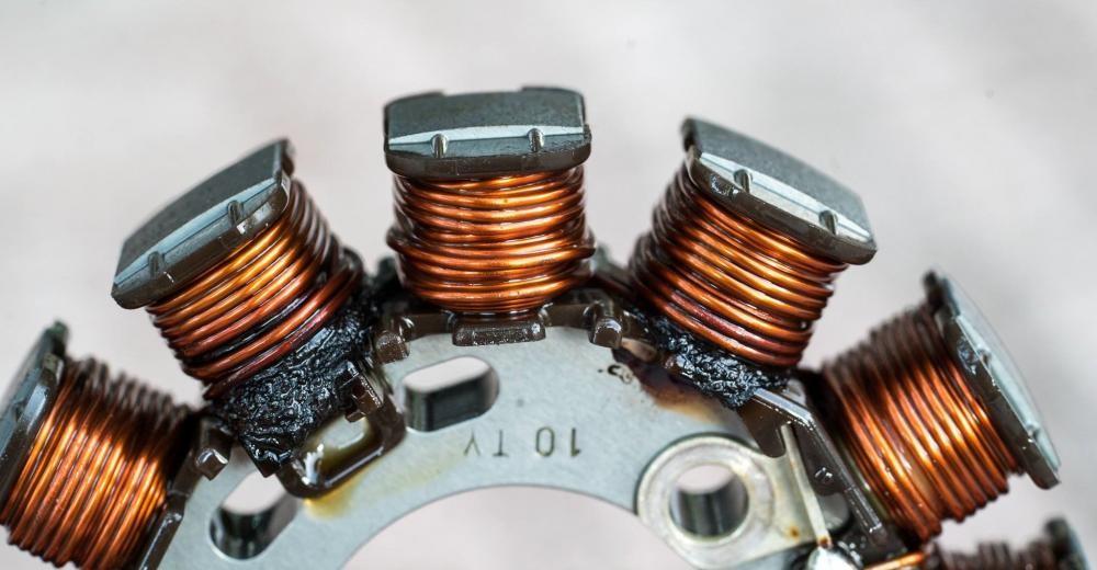Cuộn điện Winner 150 bị cháy