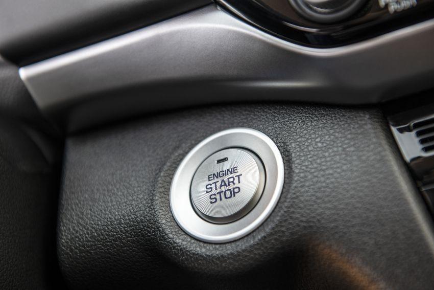 Nút bấm khởi động máy của Hyundai Elantra 2019