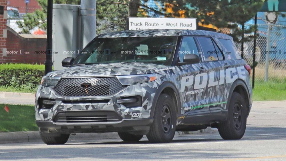 Ford Explorer 2020 với thiết kế đầu xe mới