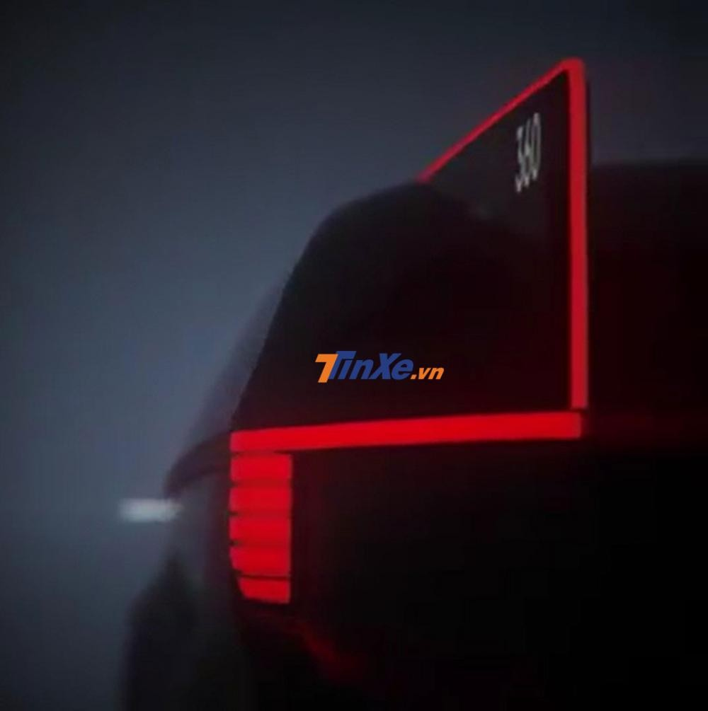 Cụm đèn hậu nối với chi tiết như vây cá của Volvo 360c