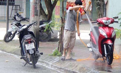 Lưu ý chọn địa điểm rửa xe hợp lý tránh gây hỏng hóc cho hệ thống FI