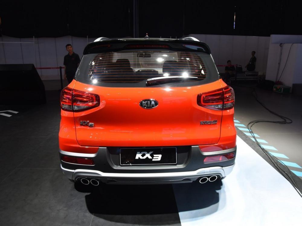 Kia KX3 2019 bản cao cấp có 4 ống xả