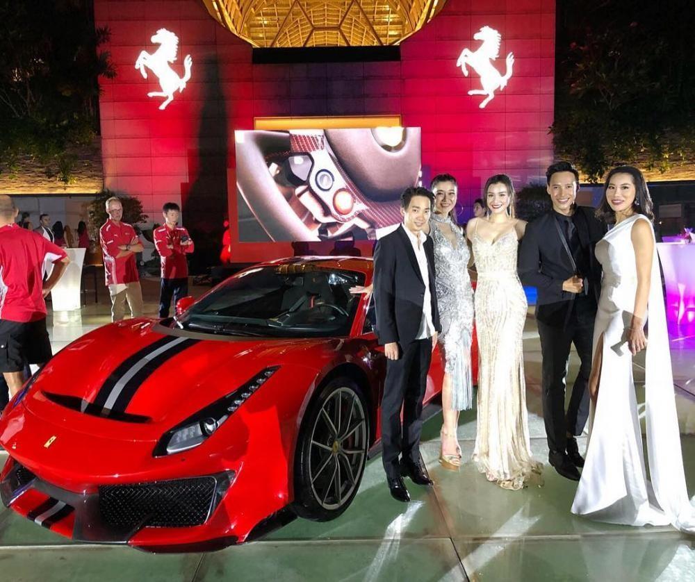 Siêu xe Ferrari 488 Pista đầu tiên ra mắt giới nhà giàu Đông Nam Á