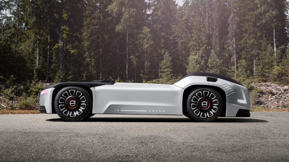 Nó sẽ có hệ thống dẫn động điện năng và tính năng tự lái hoàn toàn để vận chuyển hàng hóa trên các tuyến đường định sẵn