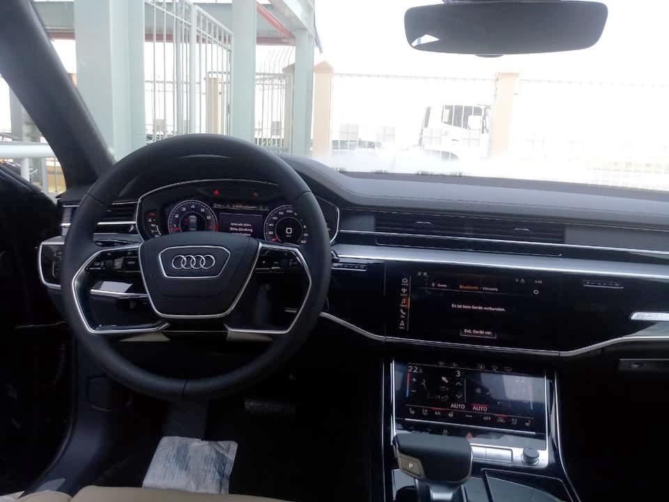 Audi A8 2018 được trang bị 3 màn hình khác nhau