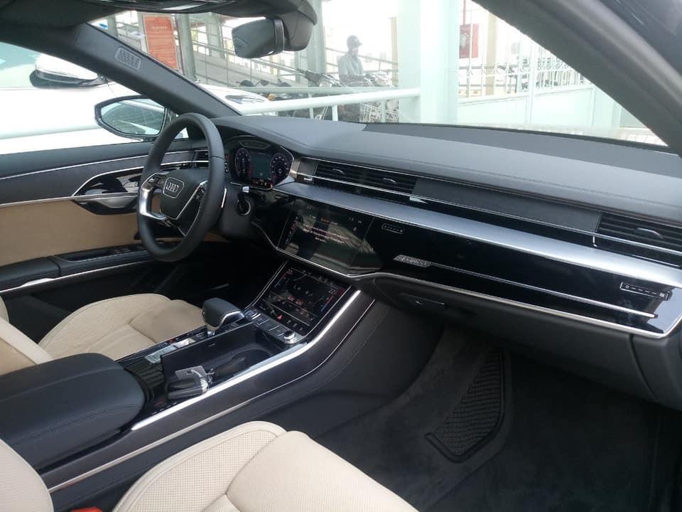 Nội thất bên trong chiếc Audi A8 2018 đầu tiên tại Việt Nam