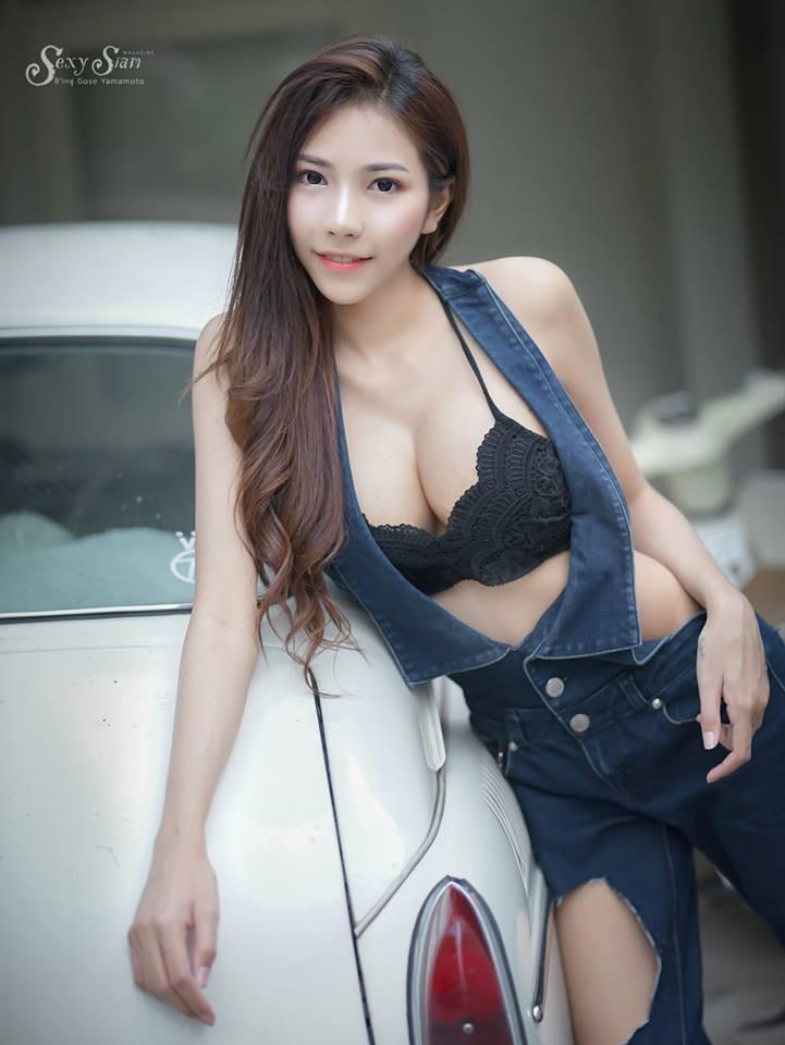 Người đẹp Thái Lan khoe làn da trắng bóc, thả dáng nuột nà bên xế cổ - 3