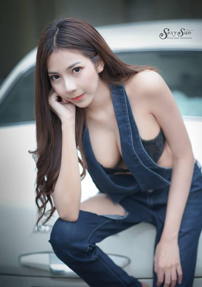 Người đẹp Thái Lan khoe làn da trắng bóc, thả dáng nuột nà bên xế cổ - 5