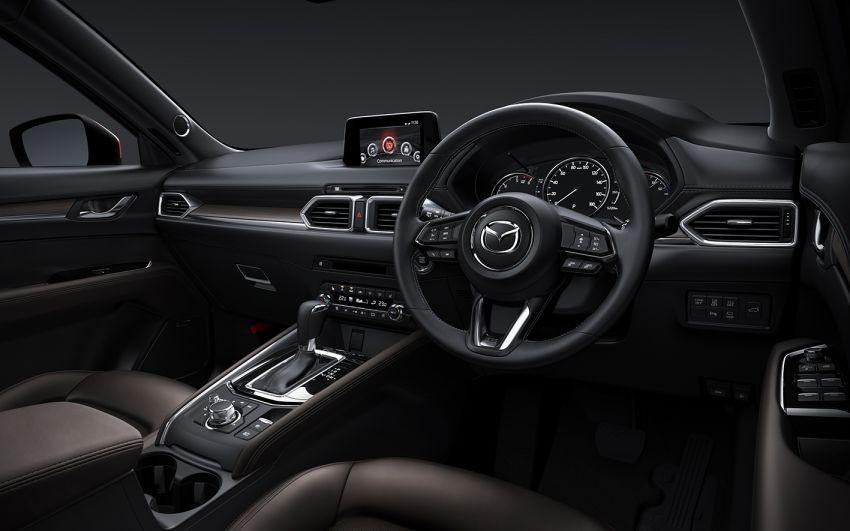 Hệ thống thông tin giải trí của Mazda CX-5 2019 đã tương thích với Apple CarPlay và Android Auto