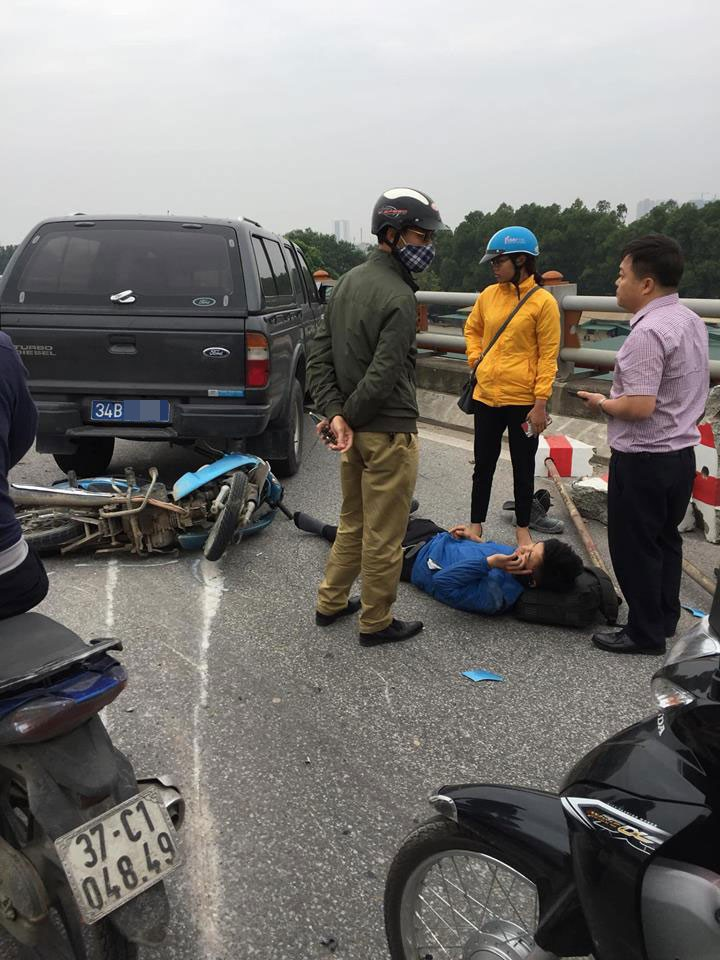 Vụ tai nạn khiến 1 người đi xe máy bị thương nặng