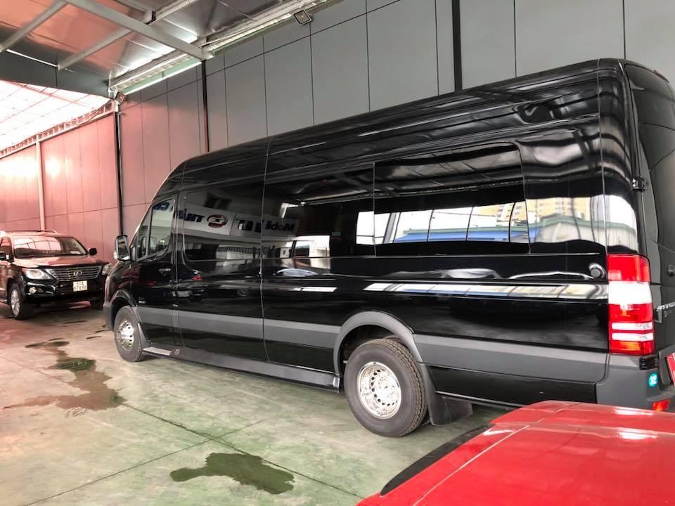 Mercedes-Benz AirStream Interstate Lounge được phát triển từ Mercedes-Benz Sprinter 3500 Extended