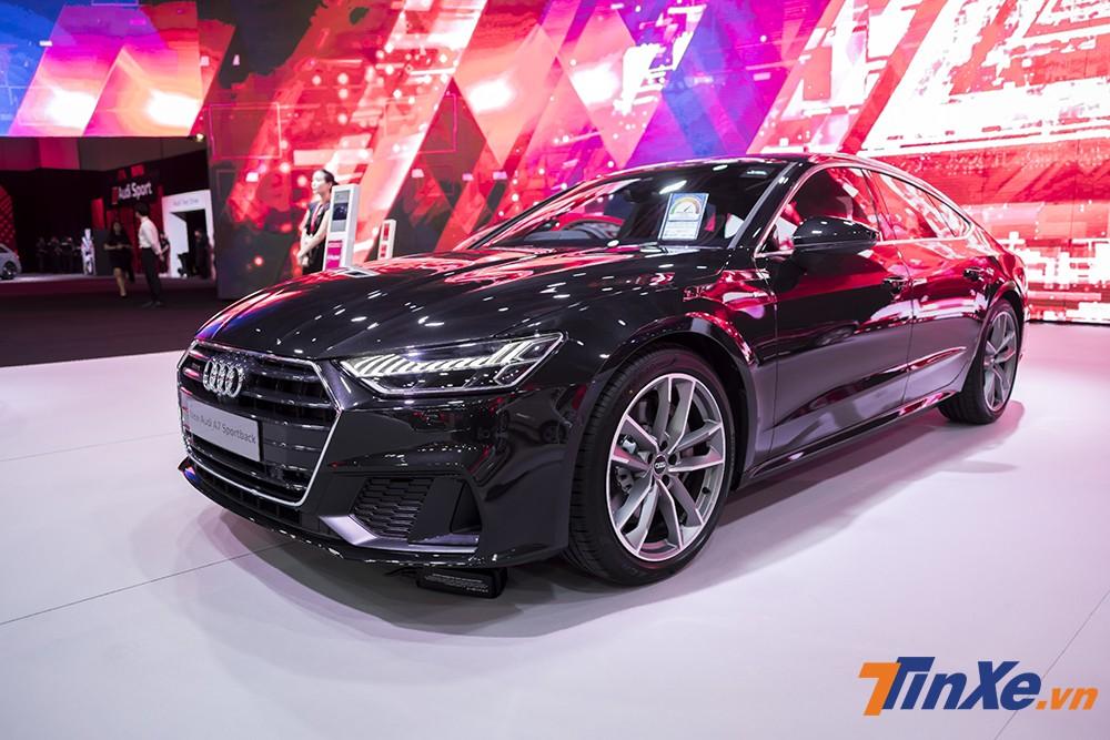 Audi A7 Sportback mới sắp được ra mắt tại Việt Nam trong thời gian tới đây. Cho đến nay giá bán của mẫu xe này vẫn chưa được tiết lộ.