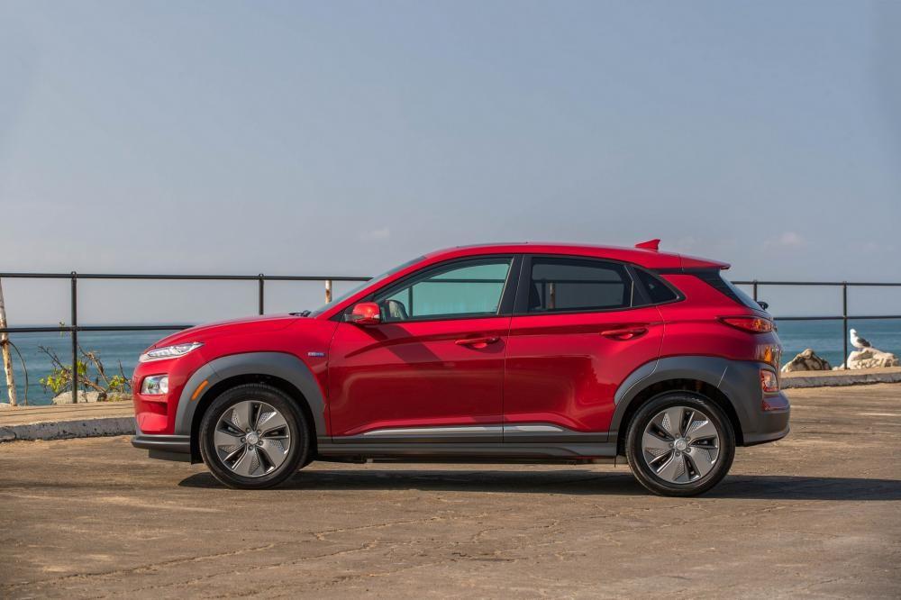 Bên sườn của Hyundai Kona Electric 2019