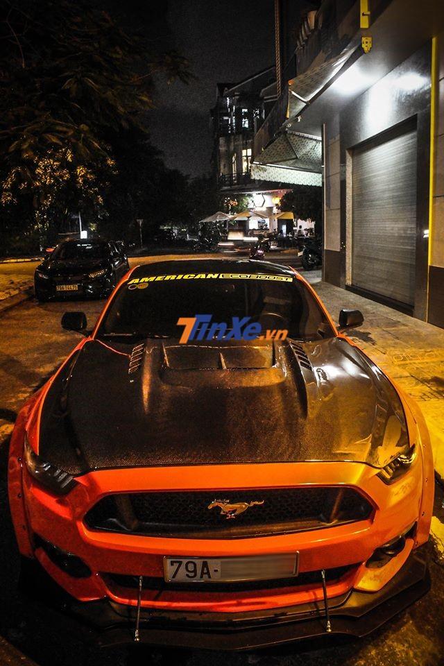Ford Mustang độ body kit hơn 300 triệu đồng của biker Nha Trang tiếp tục được làm đẹp