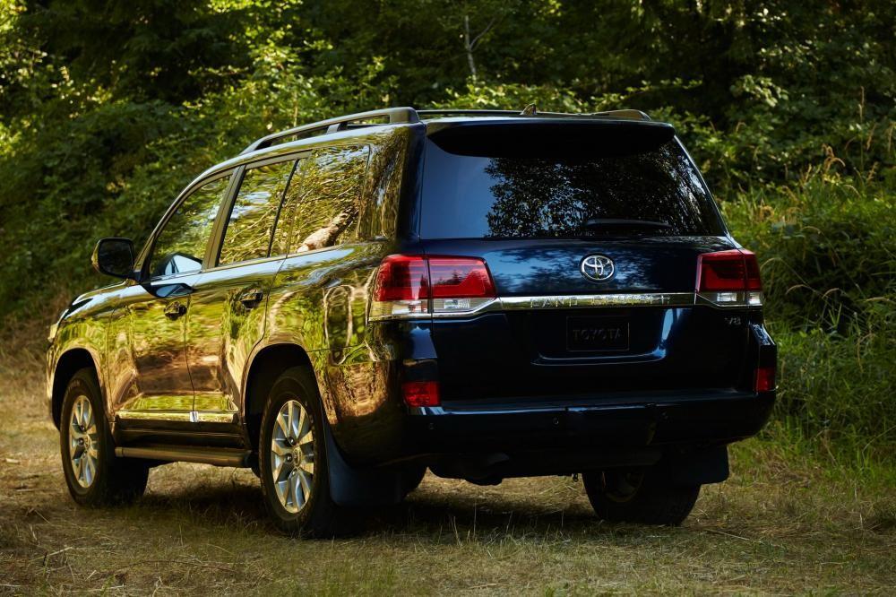 Toyota Land Cruiser 2019 dùng động cơ V8 như cũ