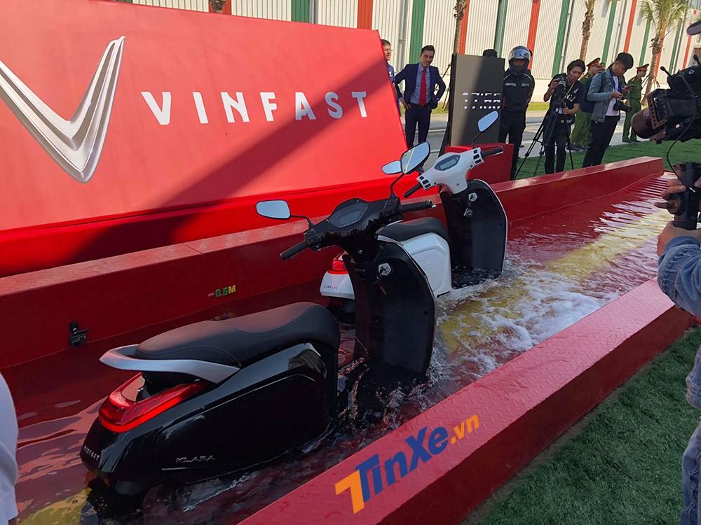 Vinfast Klara có khả năng chống ngập, phù hợp với điều kiện thời tiết Việt Nam