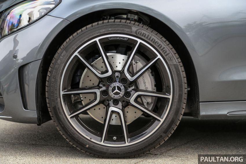 Bộ vành 19 inch 5 chấu kép của Mercedes-Benz C300 AMG Line 2019