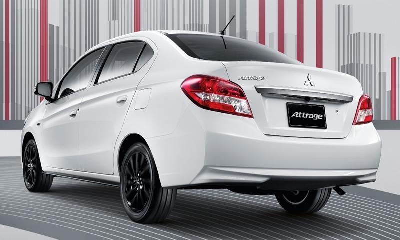Mitsubishi Attrage 2019 được trang bị đèn hậu và cản sau mới