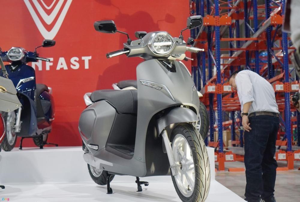 Vinfast có những nỗ lực nghiêm túc nhưng mẫu xe máy điện đầu tiên của hãng chưa quá ấn tượng nếu so với các đối thủ quốc tế.