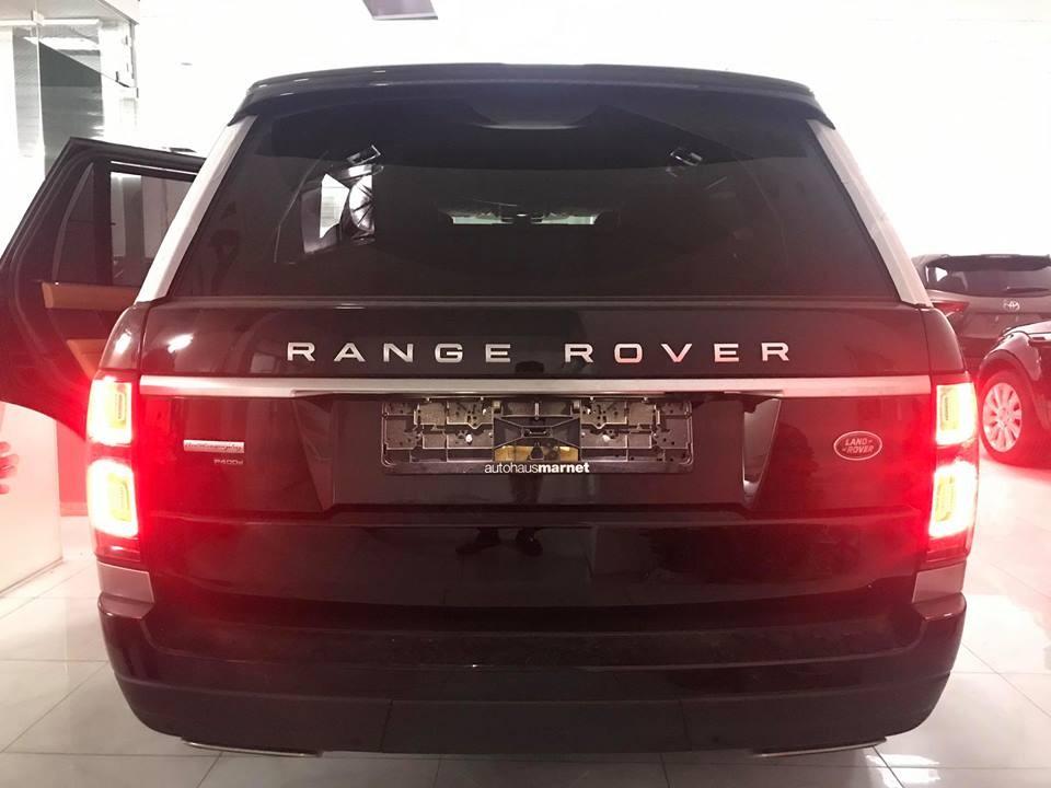 Range Rover Autobiography P400e 2018 có đèn pha LED và đèn hậu thiết kế lại
