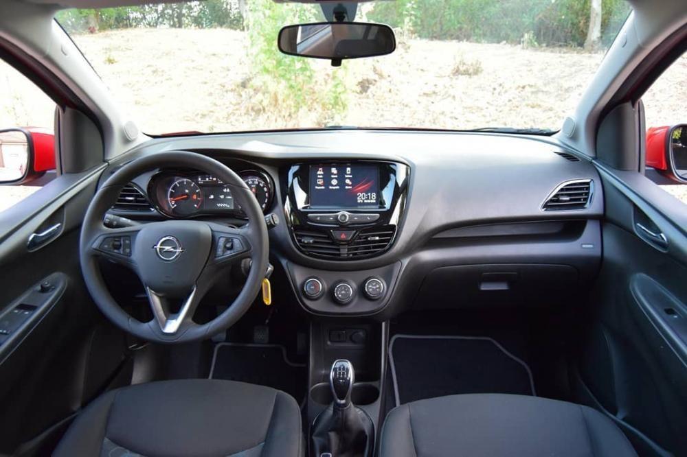 Nội thất bên trong Opel Karl Rocks