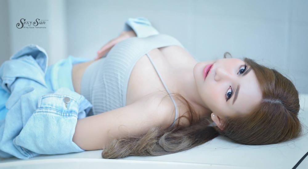 Người mẫu tạp chí Maxim Thái Lan xinh tựa thiên thần, khiến người nhìn si mê bên xế cổ - 13