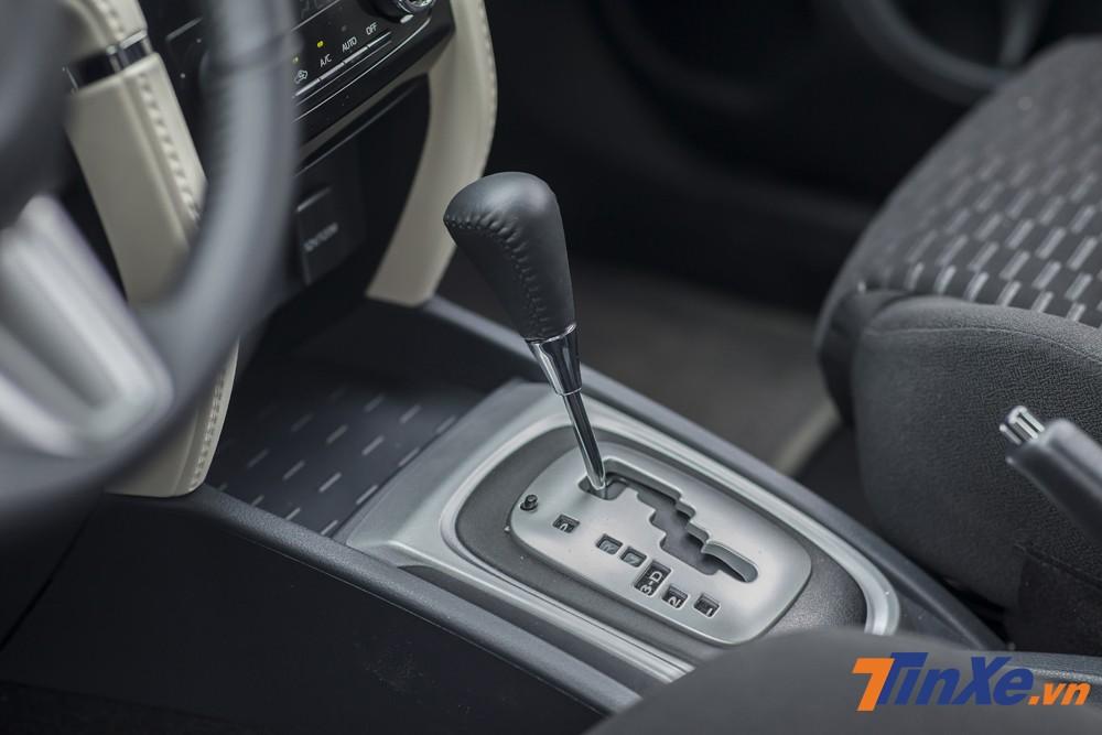 Hộp số tự động 4 cấp được thiết kế rãnh zig-zag thay vì rãnh rọc như trên Toyota Wigo.