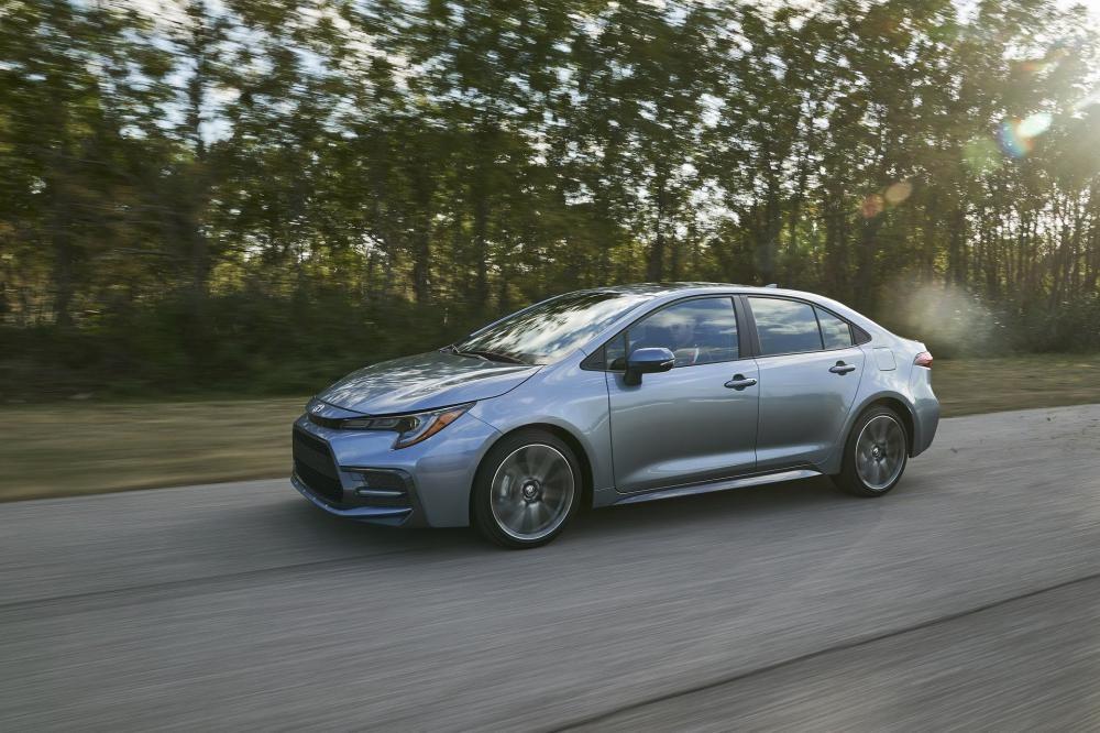 Toyota Corolla Sedan 2020 tăng kích thước so với thế hệ cũ