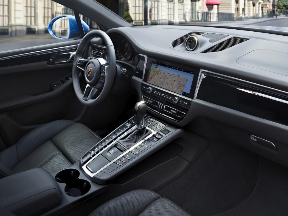 Khoang lái của Porsche Macan 2019