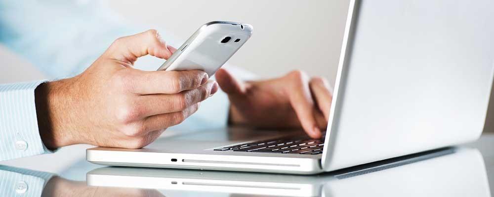 Khách hàng sẽ hài lòng hơn khi gửi thư điện tử hoặc nhắn tin với nhân viên đại lý ô tô