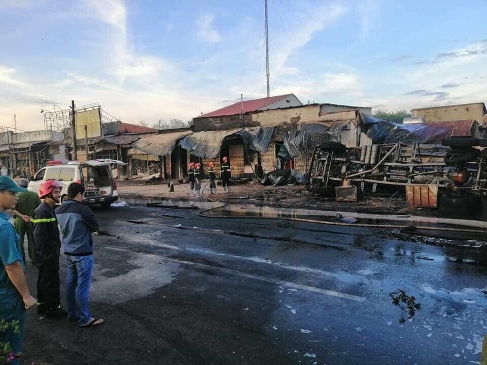 Hiện trường vụ cháy sau khi ngọn lửa đã được dập tắt