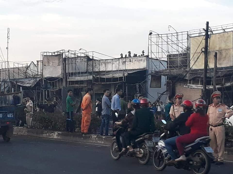 Tổng cộng 19 nhà dân đã bị cháy trong vụ tai nạn nghiêm trọng này