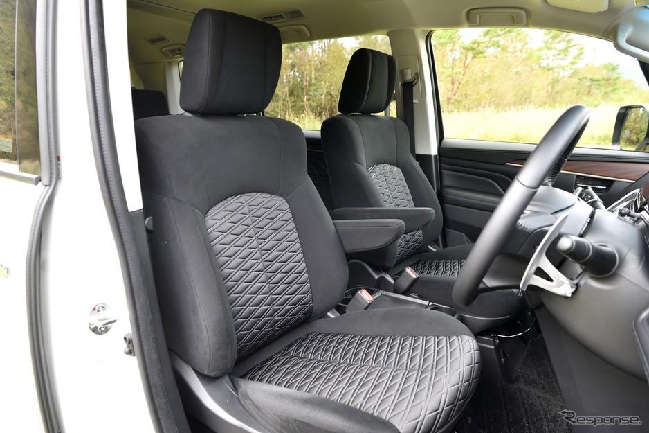 Mitsubishi D:5 Delica 2019 có tính năng sưởi hàng ghế trước