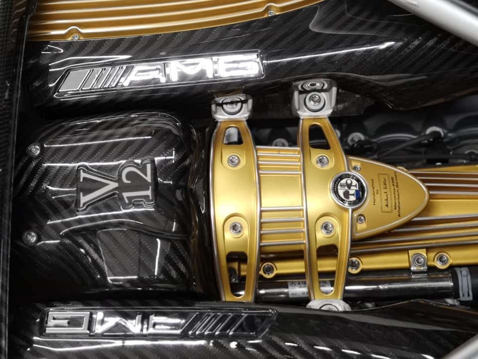 Động cơ V12 do AMG sản xuất cho Pagani Huayra mui trần