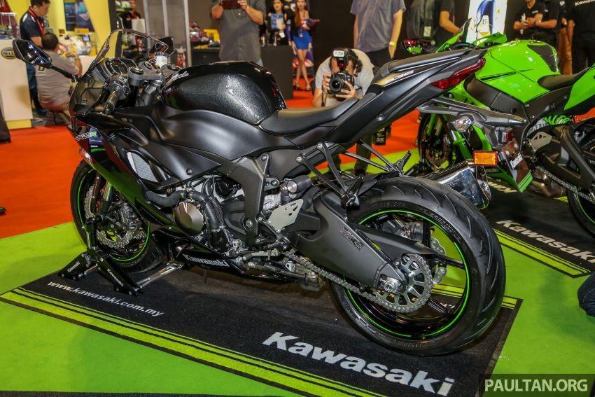 Thiết kế tổng thể của Kawasaki Ninja ZX-6R khá giống với mẫu Ninja 400