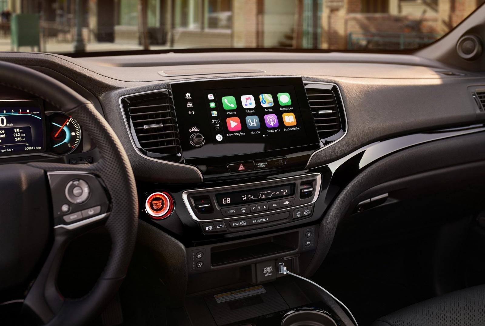 Màn hình cảm ứng 8 inch tương thích Apple CarPlay và Android Auto của Honda Passport 2019
