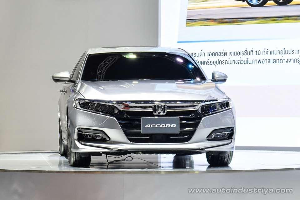 Đèn pha của Honda Accord 2019 tại Thái Lan không có đèn màu vàng như xe ở Mỹ