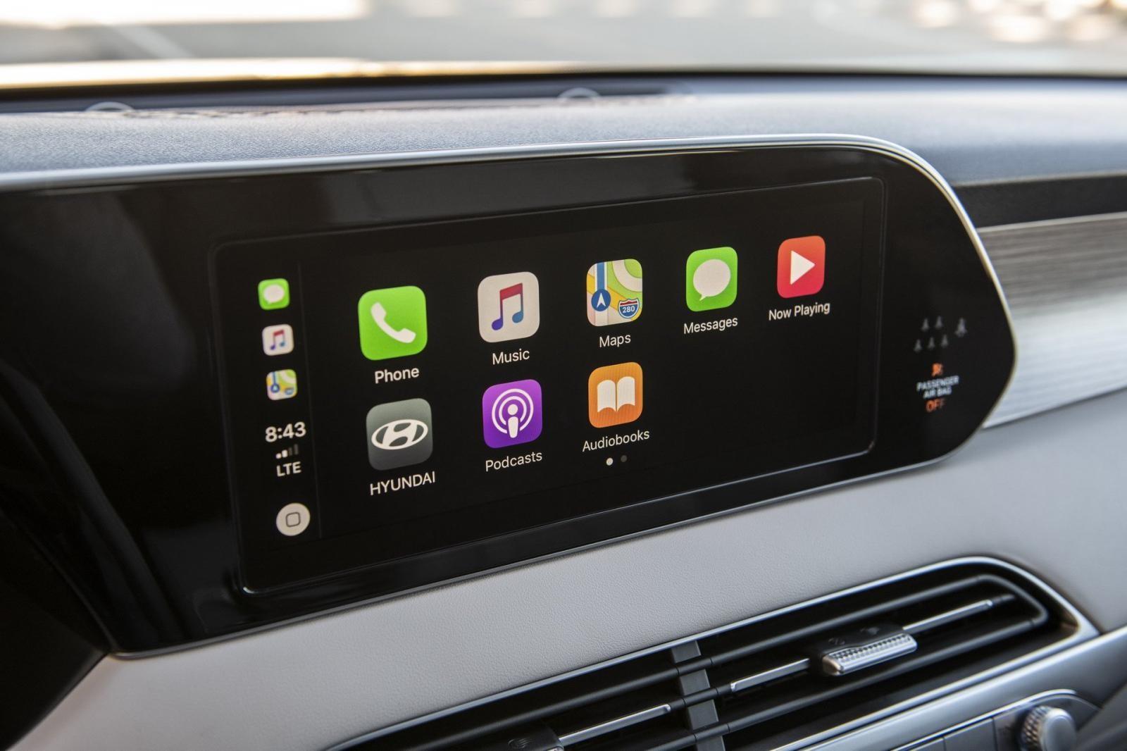 Màn hình thông tin giải trí tương thích với Apple CarPlay và Android Auto