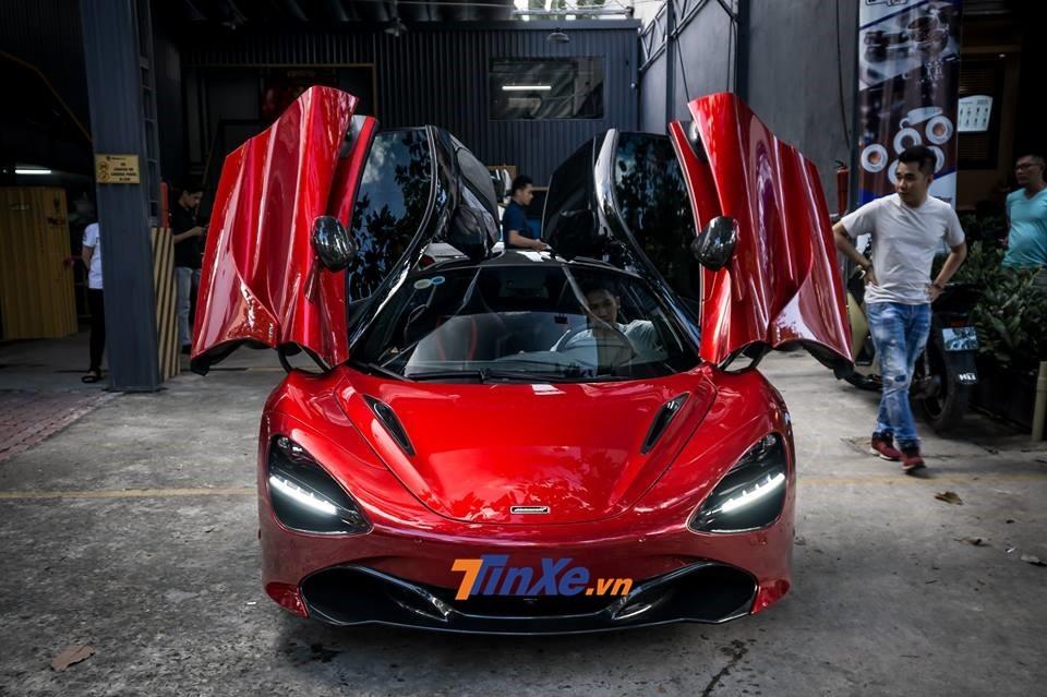 Mới vào Nam, McLaren 720S màu đỏ Memphis độc nhất Việt Nam đã được chủ nhân cho đi làm đẹp