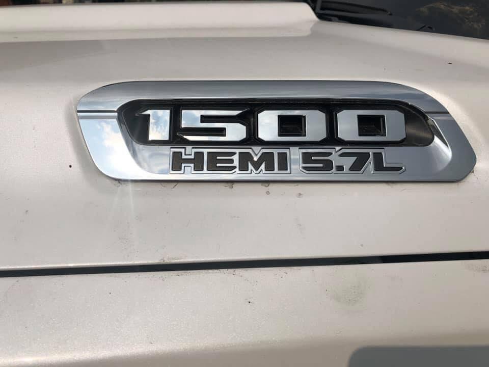 Ram 1500 Limited 2019 đầu tiên cập bến Việt Nam được trang bị động cơ V8, dung tích 5.7 lít