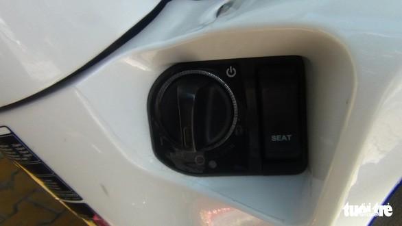 Chìa khóa thông minh được gắn trên xe của anh Nghiêm và một số xe tay ga đời mới hiện nay