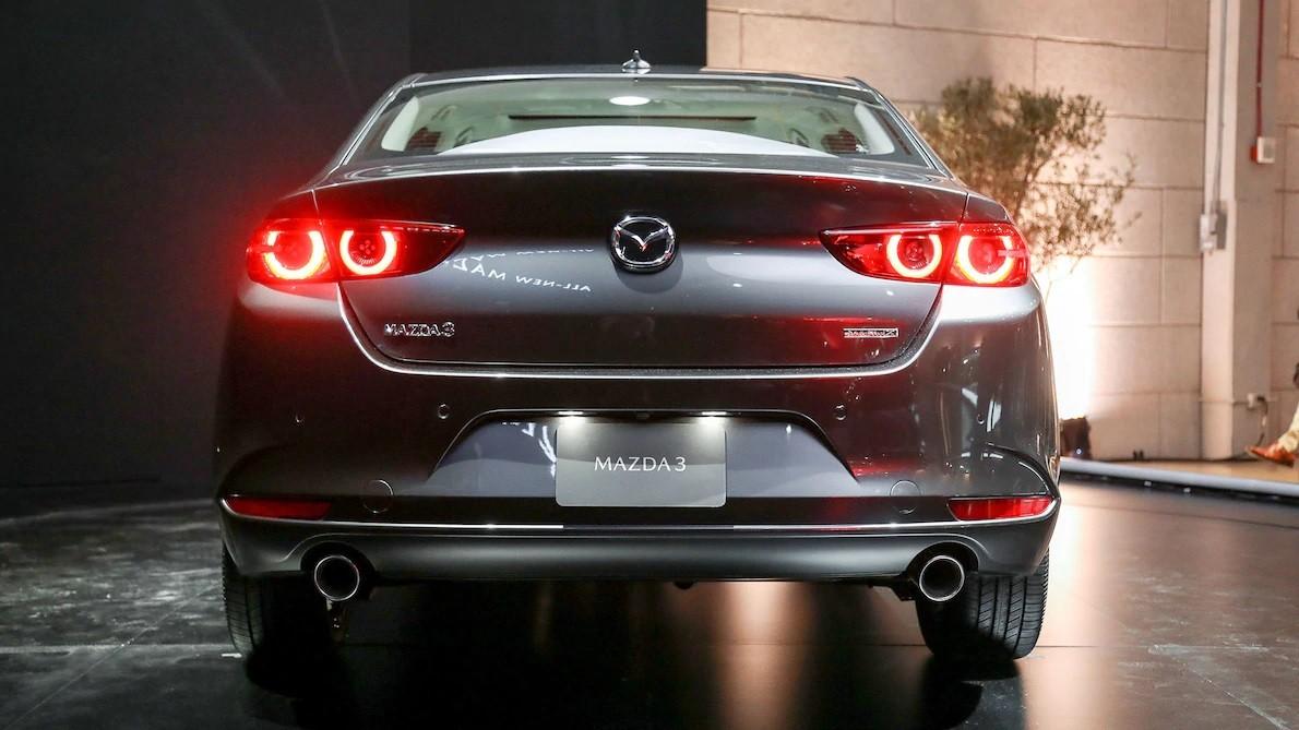 Mazda3 2019 dùng hộp số tự động 6 cấp