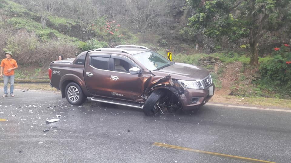 Chiếc xe bán tải Nissan Navara bị hư hỏng đáng kể