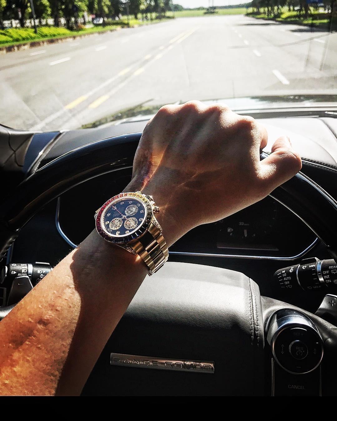 em trai MC Ngọc Trinh sở hữu SUV hạng sang vạn người mê Range Rover