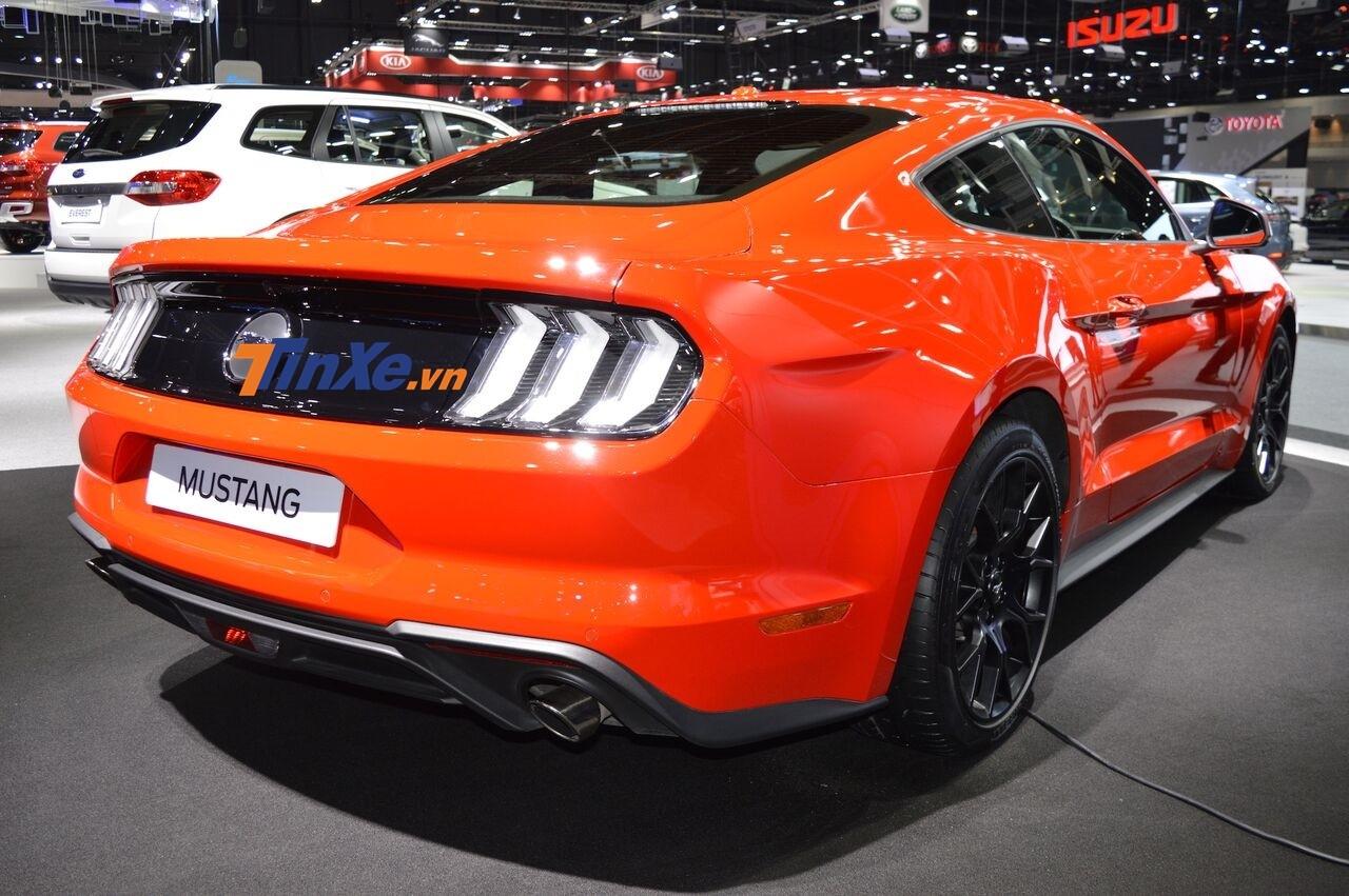 Chi tiết này mang đến cho Ford Mustang đời 2019 có ngoại thất đẹp mắt