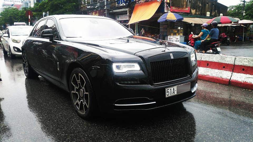 Rolls-Royce Ghost đã được độ lên phiên bản Black Badge