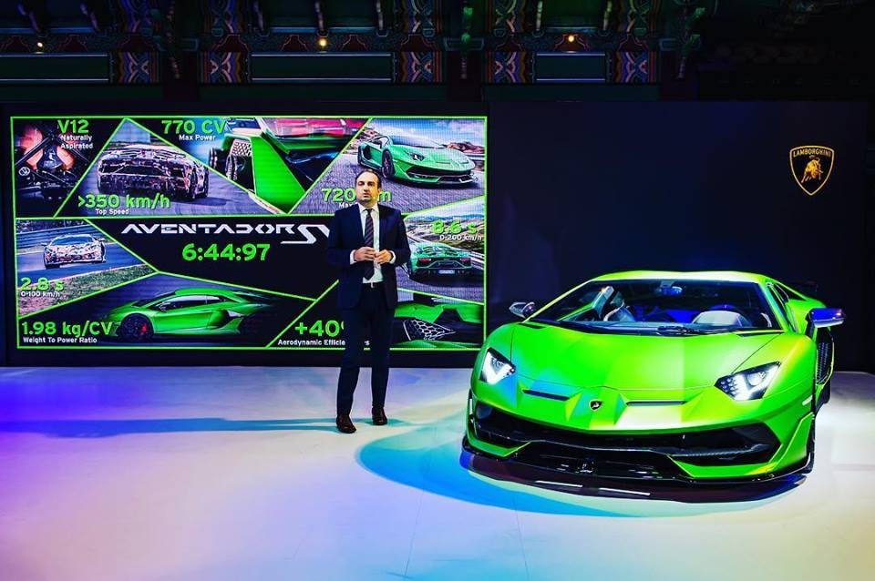 Federico Foschini, Giám đốc thương mại của Automobili Lamborghini giới thiệu Lamborghini Aventador SVJ với giới nhà giàu Hàn Quốc